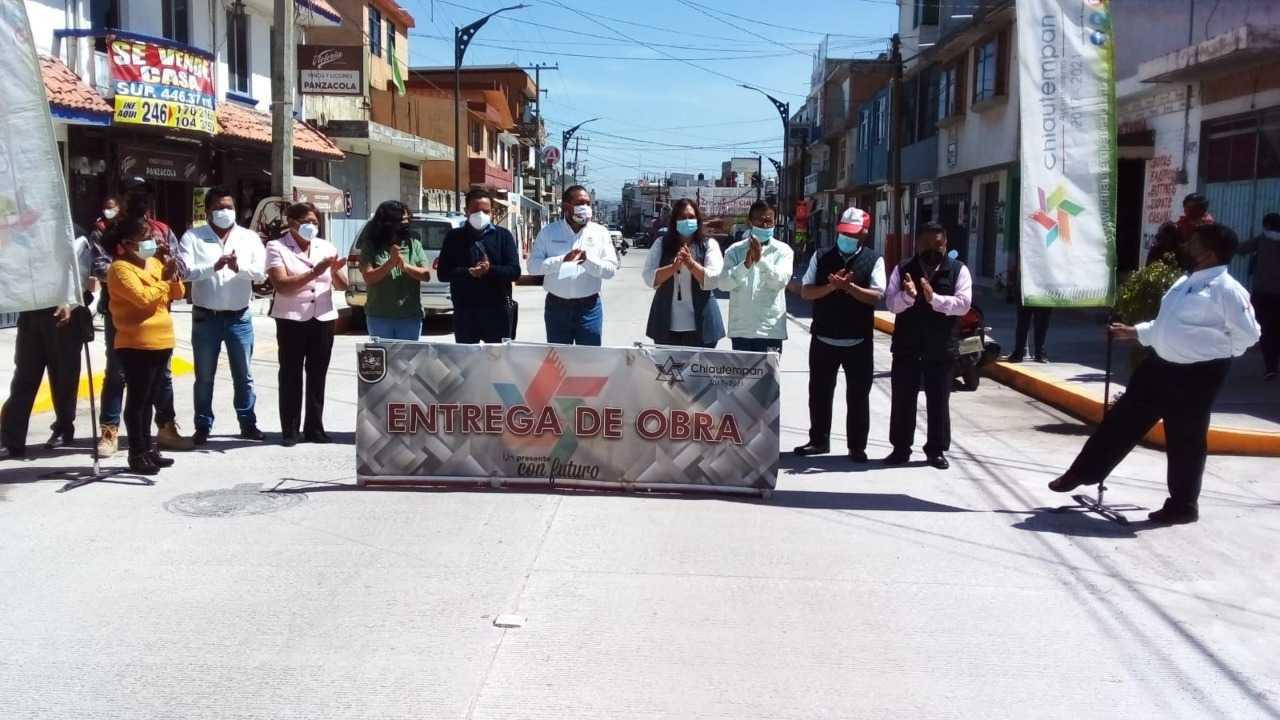 Héctor Domínguez entrega la obra de rehabilitación de la calle Ignacio Picazo