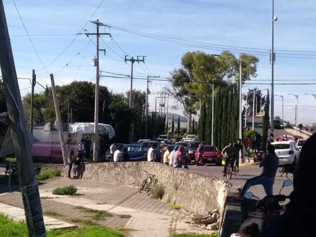 Trabajadores del ayuntamiento de Ixtacuixtla piden el pago de quincenas atrasadas