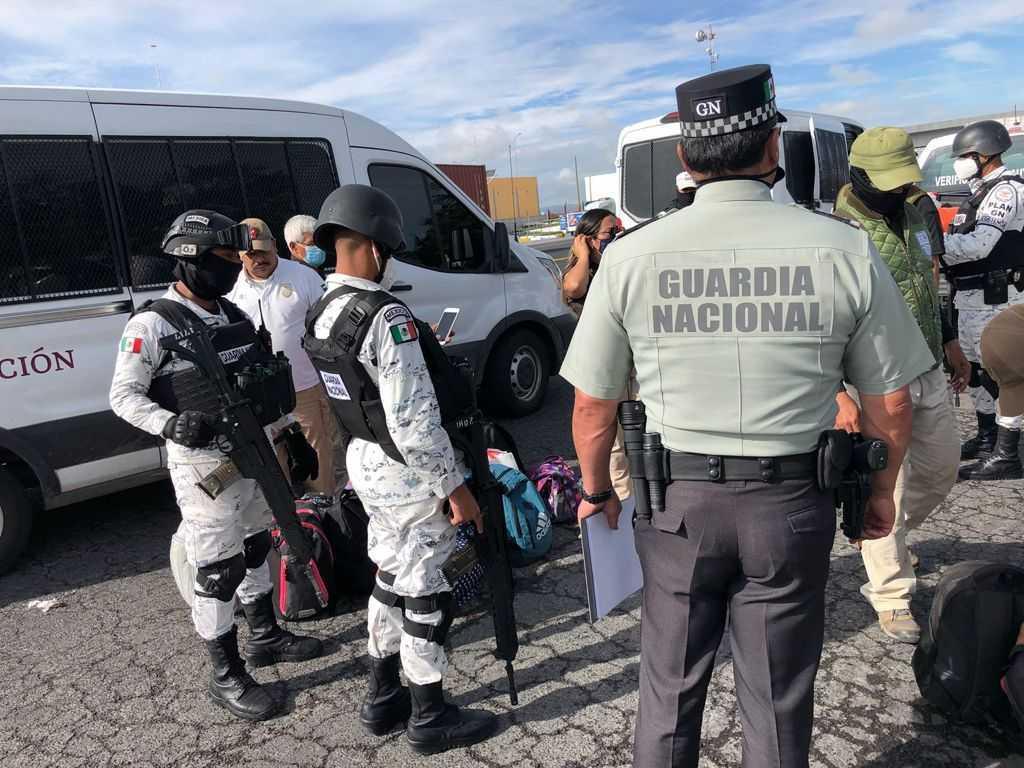 Obtiene FGR vinculación a proceso contra seis personas por transporte de migrantes