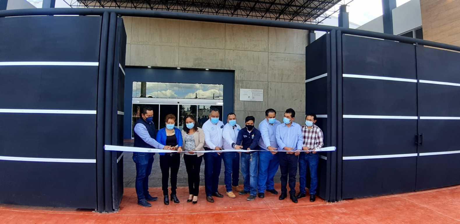 Eleazar Molina entrega obra de remodelación del auditorio en Atexcatzinco - Tetla