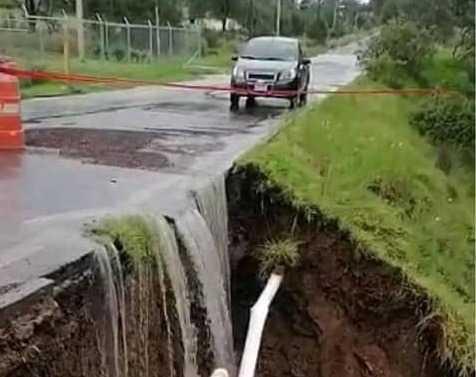 Carretera a Tecopilco sigue sin reparación; analizan mejor opción
