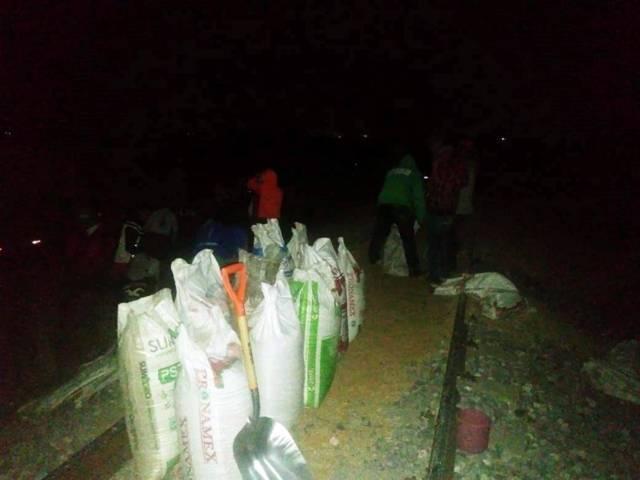 Frustran una vez más policías estatales robo a tren en Huamantla