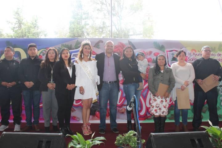 """El 2do festival de """"chiles en Nogada"""" fue un éxito: Sanabria Chávez"""