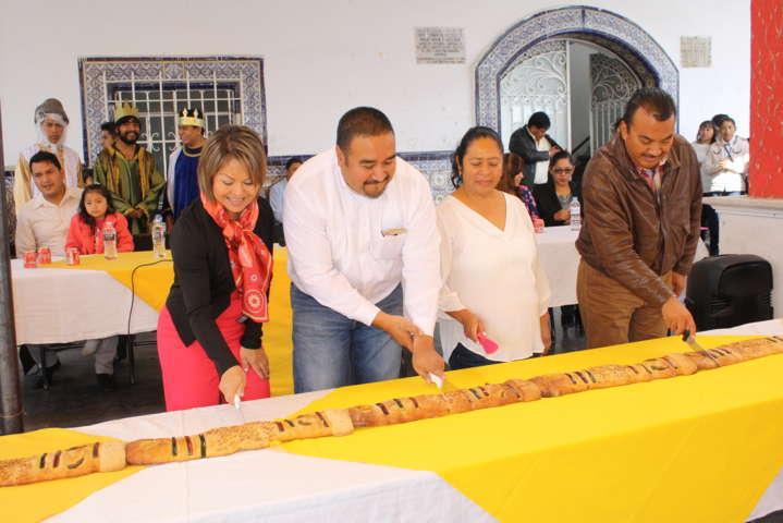 """Alcalde fomenta tradiciones y costumbres como es el """"Día de Reyes"""""""
