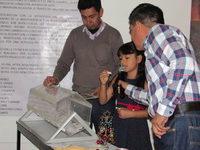 Sorteó Ayuntamiento obras de arte donadas en beneficio de la Santísima
