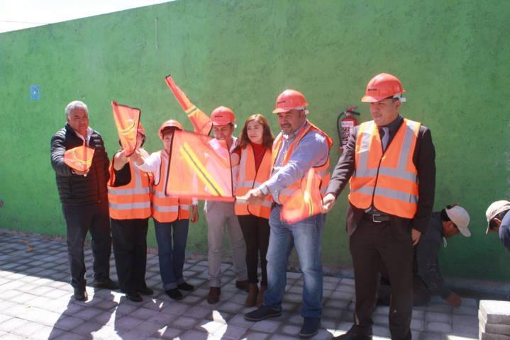 El CAIC de Xicohtzinco contara con una techumbre en su patio cívico
