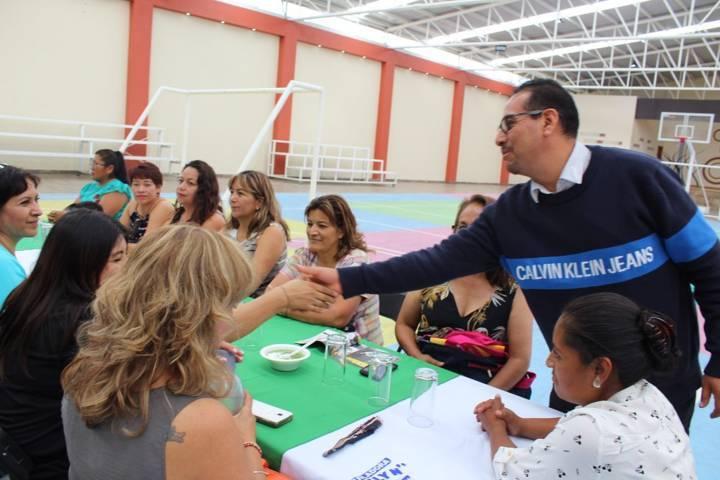La educación es primordial en un municipio ya que es la base del desarrollo: alcalde