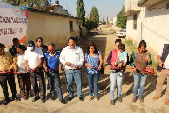 Alcalde acerca servicios prioritarios al barrio de Tecpa y a la colonia Satélite