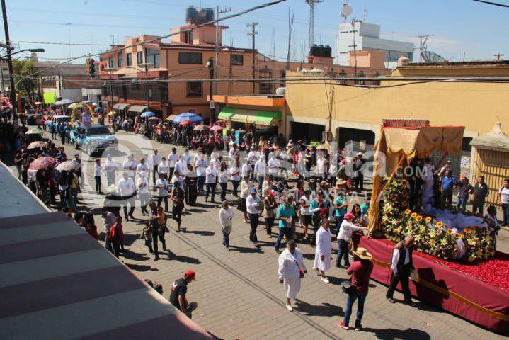 Espectacular desfile de prefería se vivió este domingo más de 7 mil personas asistieron