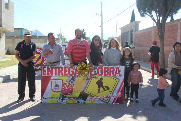 Entregan calle 5 de mayo de San Miguel Contla pavimentada