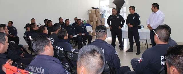 Policías de Lardizábal reciben capacitación en prevención del delito