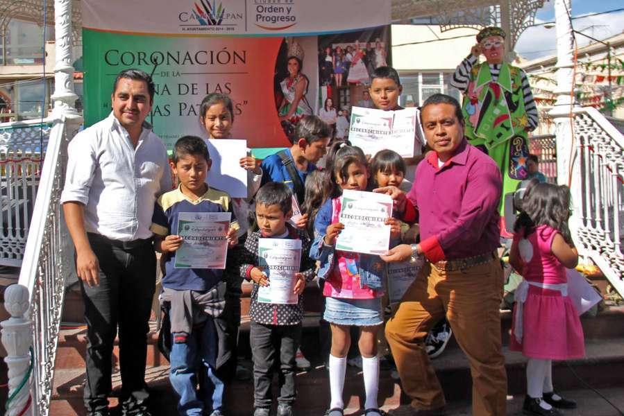 Con rescate de tradiciones conmemoran fiestas patrias en Calpulalpan