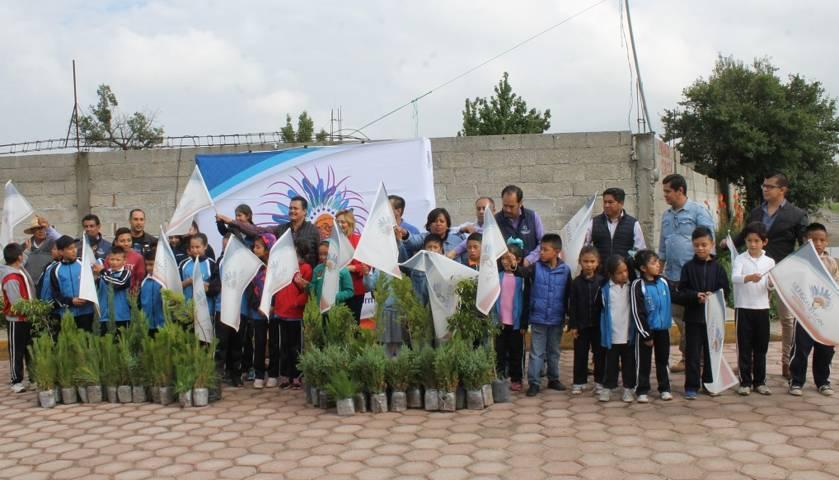 Alcalde encabeza 1ra etapa de reforestación en la comunidad del Tetel
