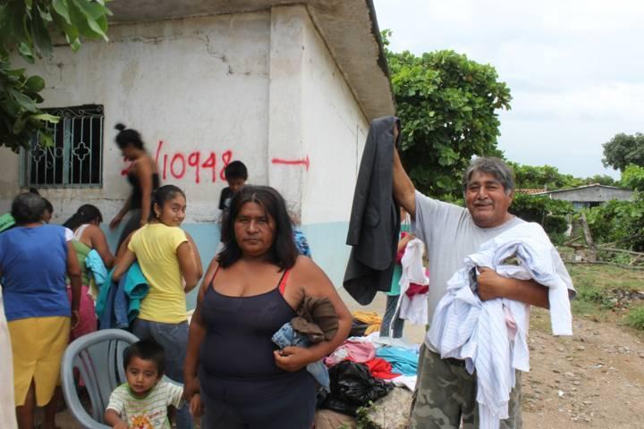 Santa Cruz Tlaxcala envía ayuda a estados de Oaxaca y Morelos afectados por sismos