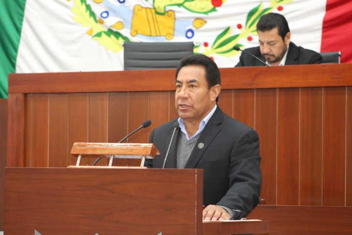 Presenta iniciativa para poder expedir normas en materia de mejora regulatoria