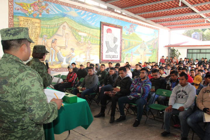 Alcalde de Ixtacuixtla atestigua Sorteo del Servicio militar
