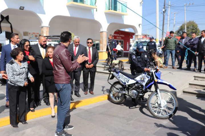 Juntos seguimos avanzando: Brinda III Informe Badillo Jaramillo
