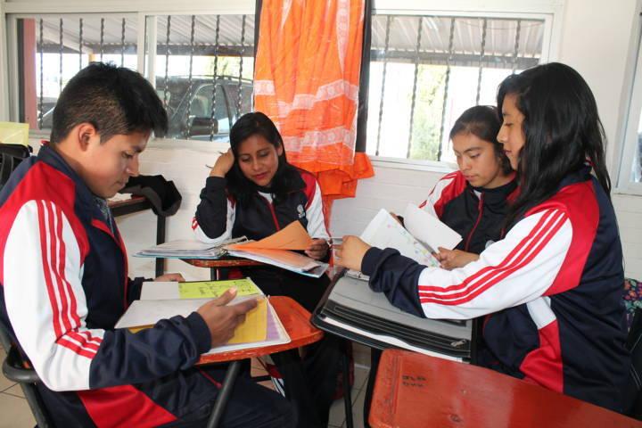 Más de 8 mil estudiantes de Cobat iniciarán semestre con beca