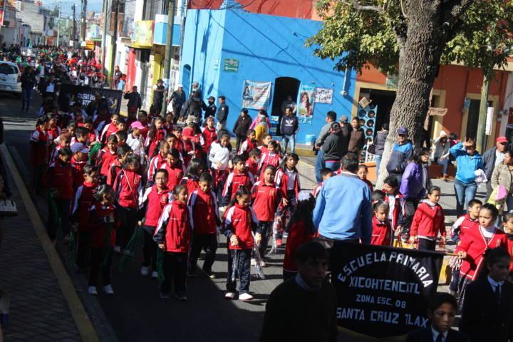 Alcalde encabezo desfile del 108 aniversario de la Revolución Mexicana