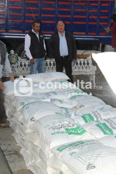 Con 55 toneladas de fertilizante mejoramos las cosechas en el municipio: alcalde