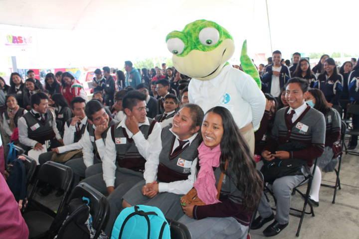 Vas a Mover a México abre oportunidades de educación superior a bachilleres