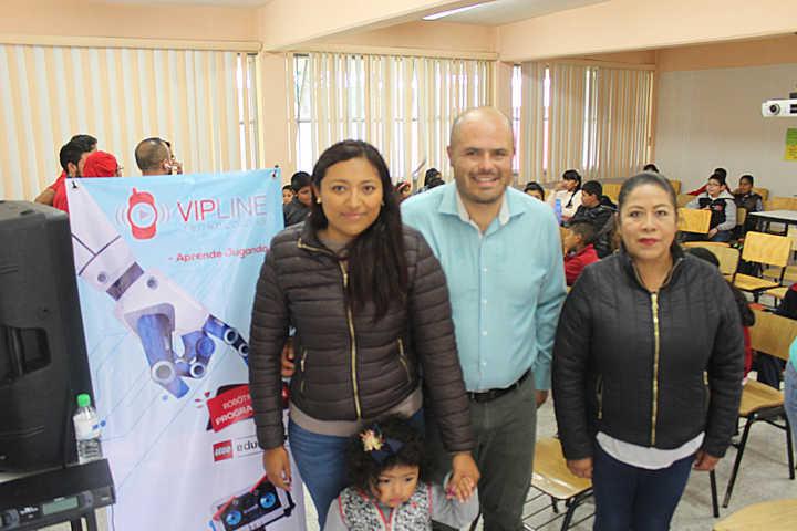 Presidente de Santa Cruz inauguró curso de robótica y programación para estudiantes de primaria