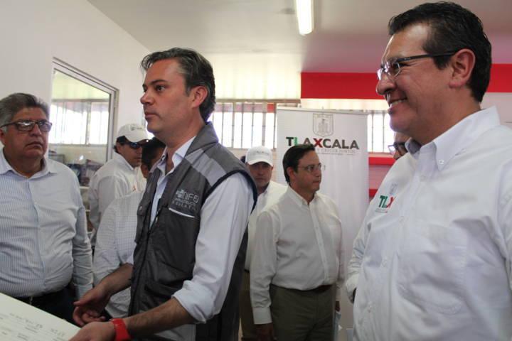 Nuño llega a Tlaxcala para evaluar daños a escuelas por sismo