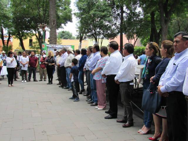 Inaugura alcaldesa de Tlaxcala primera Feria del Pescado