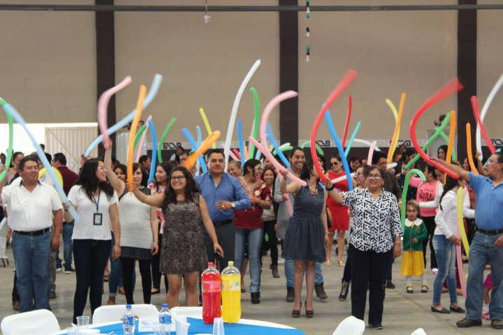 Tetla de la Solidaridad celebró el día del maestro