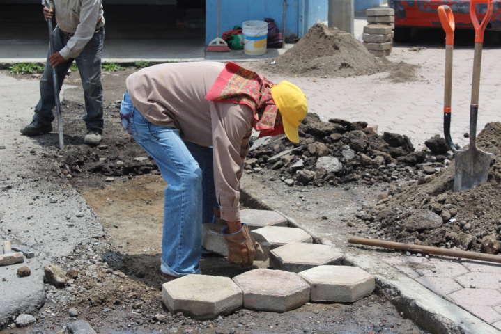 La Dirección de Servicios Municipales inicia reparación en calles de la comuna