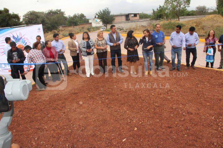 Con más obras de pavimentación estamos trasformando Tlacuilohcan: alcalde