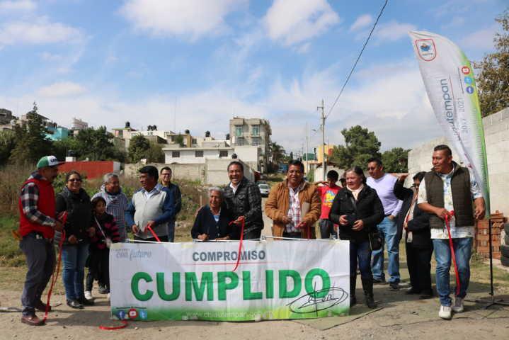 Alcalde mejora el servicio básico en la calle Nuevo León de la colonia el Alto