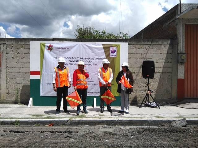 Anabel Alvarado y Héctor Domínguez dan banderazo de obra en Chiautempan