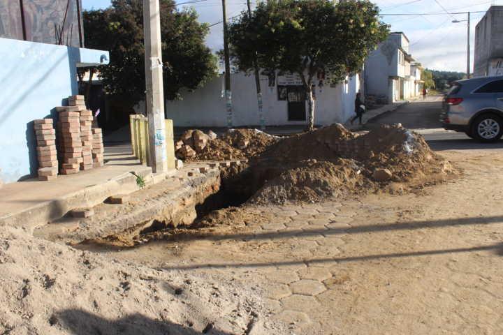 Registra 50 por ciento de avance de obra el drenaje pluvial en San Miguel Contla