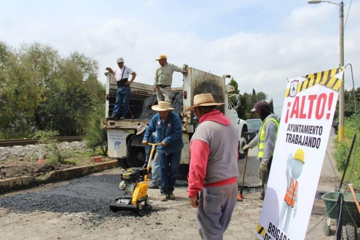 Ayuntamiento de Santa Cruz Tlaxcala adquiere equipo propio para bacheo