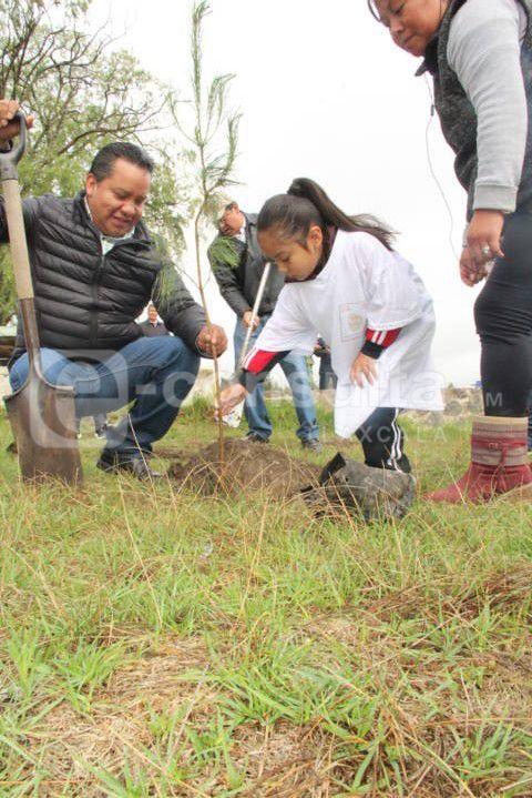 Cuidando el medio ambiente contrarrestamos la contaminación ambiental: alcalde