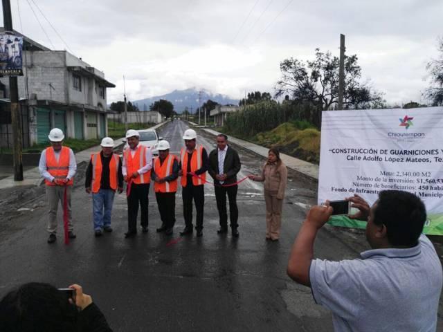 Entrega Héctor Domínguez obras públicas en beneficio de Chiautempan