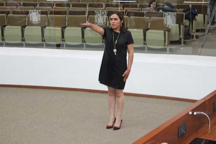 Rinde protesta Lucero Romero como integrante del Comité De Participación Ciudadana del SAET