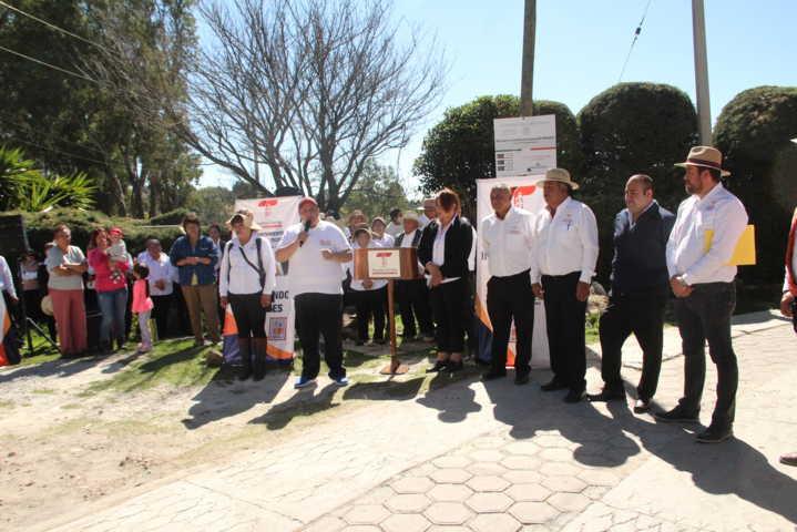 Con obras y acciones fortalecemos el desarrollo de Tecopilco: alcalde