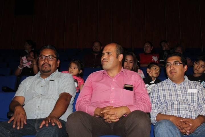 Entregó Sanabria Chávez apoyos a Orquesta Infantil y Juvenil de Santa Cruz Tlaxcala