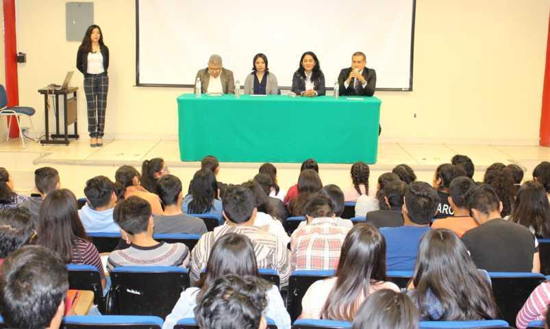 Realizan conferencia en la UPT relacionada con derecho a la información pública