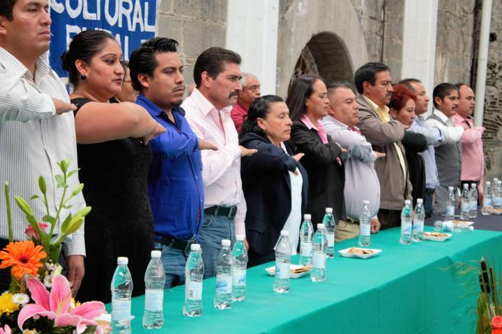 Sánchez Amador apadrina varias generaciones de estudiantes