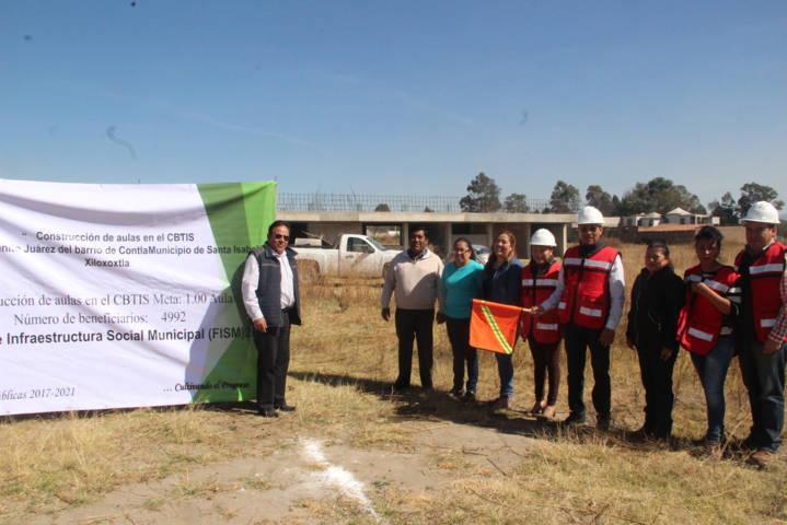 Alcalde arranca construcción de aula del CBTIS 3 extensión Xiloxoxtla