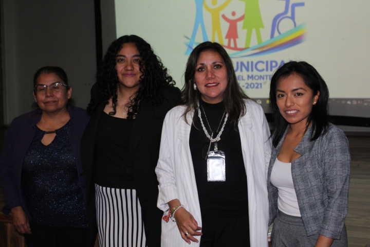 El SMDIF de SPM impulsa la adopción de menores con una conferencia