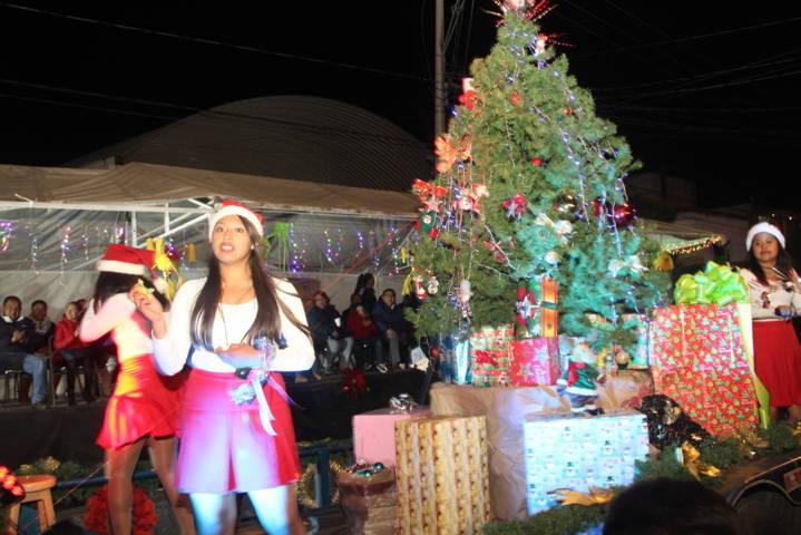 Impulsa Pérez Briones tradiciones y valores en estas fiestas decembrinas