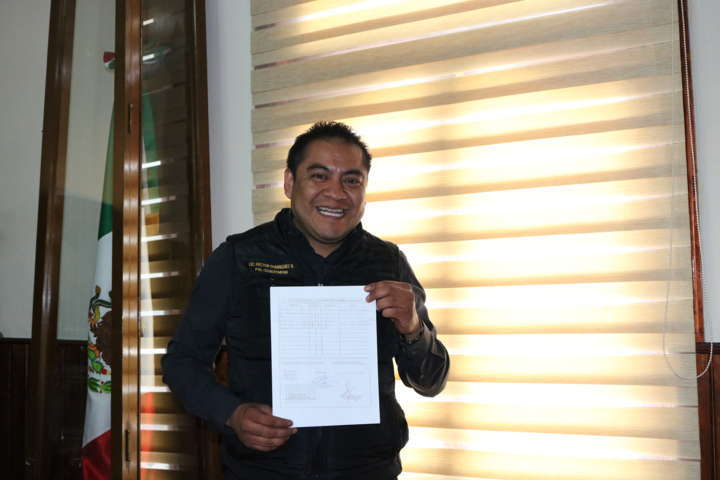 Presenta Héctor Domínguez su declaración patrimonial ante el OFS