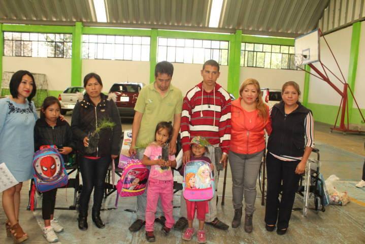 Con apoyos mejoramos la calidad de vida de quien más lo necesita: Angélica Hernández