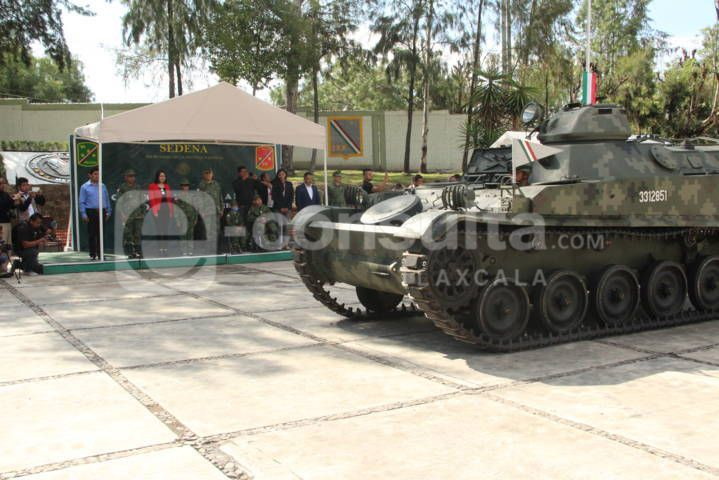 Alcalde atestigua nombramiento de 3 Soldados Honorarios en la 23 zona militar