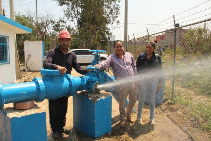 Alcalde rehabilita pozo de agua potable y se normaliza el suministro