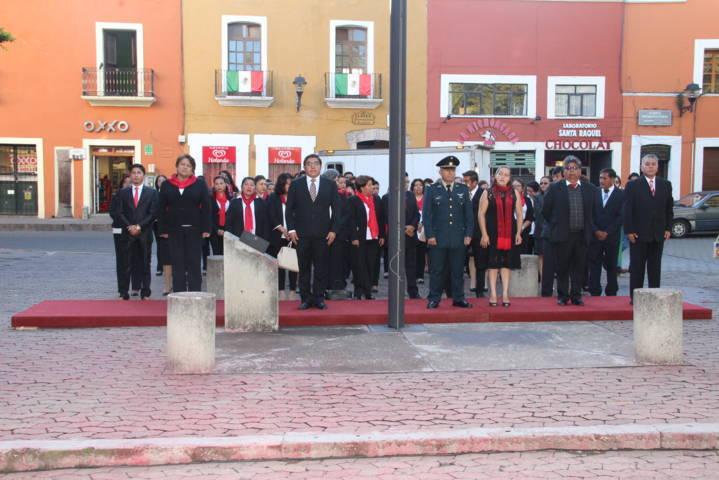 Alcalde encabezó 197 aniversario de la Consumación de la Independencia